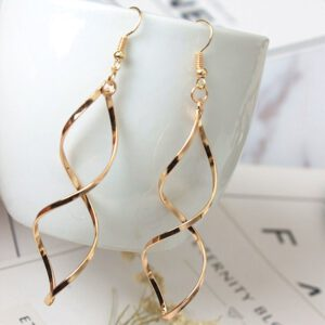 2020 New Simple Spiral Curved Long Drop Earrings for Women Wave Design Fashion Female Jewelry Wholesale Party Wedding Earring